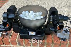 Dual Head 4 Roues Robot Tennis De Table Entièrement Réglable Spins, Console Et Boules