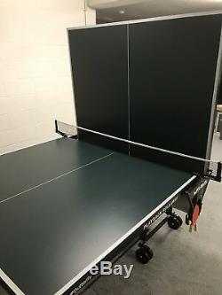 Jeu De Tennis De Table De Ping-pong Rollaway Playback Green Playback Avec Des Palettes