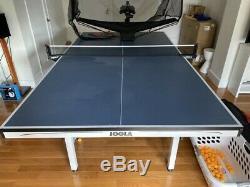 Mint Curiae Table De Premier Comprimé Robot De Ping-pong De Tennis Et Plein Cas Parfait Cond