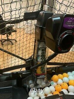 Newgy Robo Pong 2050 Tennis De Table Robot Automatique Retour Servir Pratique Vitesse