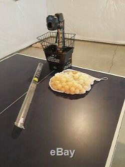 Newgy Robo-pong 1050 Tennis De Table / Ping Pong Robot