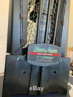Newgy Robo-pong 2050 Tennis De Table / Ping Pong Robot Avec Recyclage Net Et Palettes