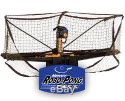 Newgy Robo-pong 2055 Robot De Ping-pong / De Table Remis À Neuf