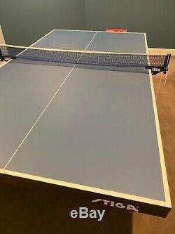 Stiga T8523 Pliable Tennis De Table À Roulettes Bleu, Plus Palettes Rouges Et Noires